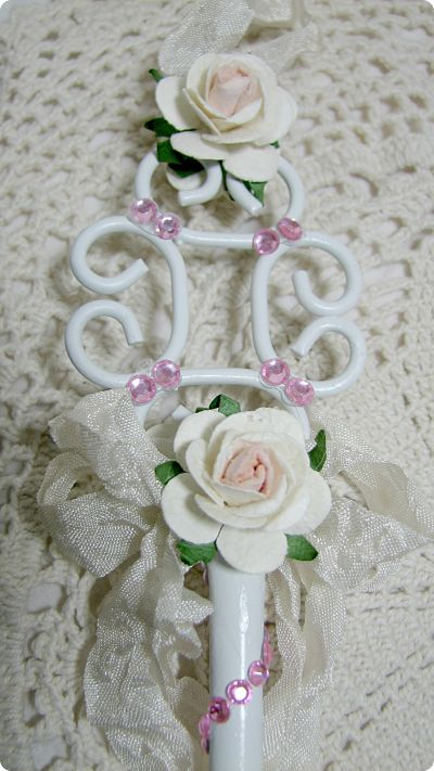 Key Ornaments Set Of Three-roses,key,metal,white,pink,cottage,ornaments,Christmas,tree,gift,