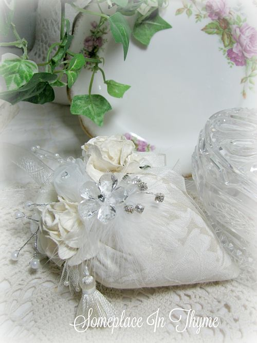 Bridal White Strawberry Sachet With Feather Bling-sachet,feather,bride,wedding,gift,cotton,roses,handmade,pearls,tassel,ribbon