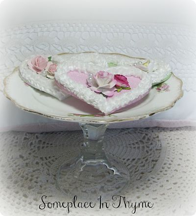Gold Rim Scalloped Edge Pedestal Plate-china,glass,roses,cottage,pedestal,dessert,plate,pink,wood,handmade,gift,decoration,heart,pearls,glitter