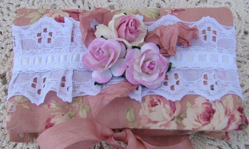 Eyelet And Roses Soap Pocket-cottage,homedecor,soap,roses,eyelet,lace,shabby,gift,paper,ribbon,chic